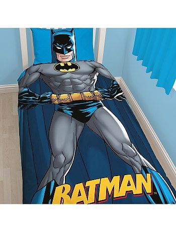 parure de lit 39 batman 39 r versible kiabi pickture. Black Bedroom Furniture Sets. Home Design Ideas