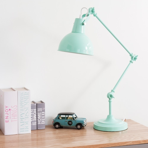 lampe de bureau orientable en m tal bleu pastel maisons du monde pickture. Black Bedroom Furniture Sets. Home Design Ideas