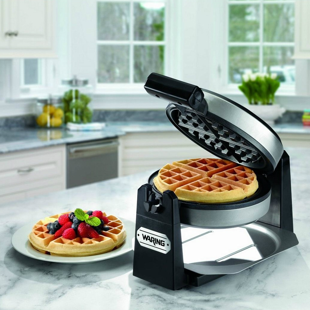 how to use a waffle maker that flips