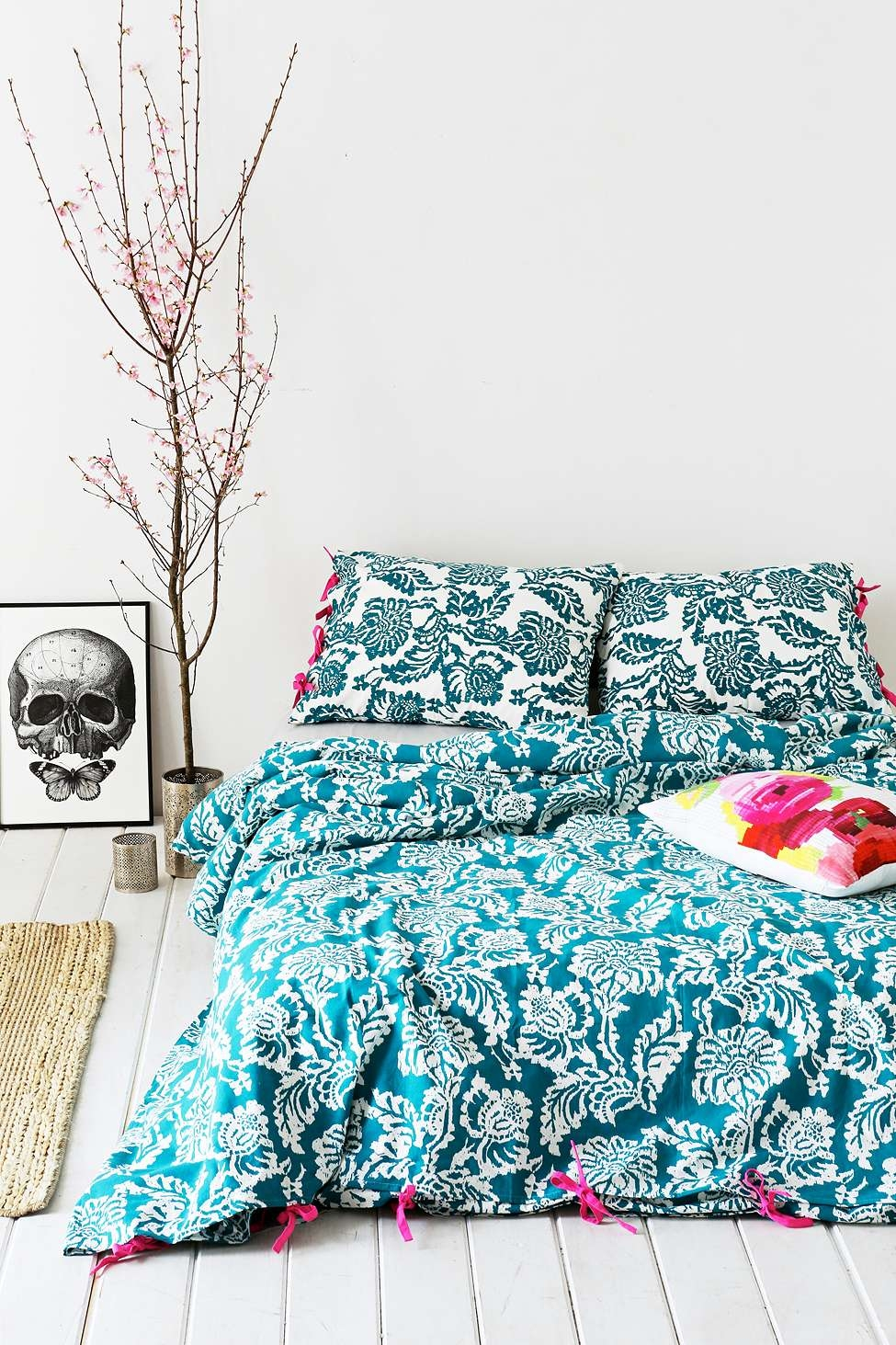 housse de couette grand lit bleue imprim urban outfitters pickture. Black Bedroom Furniture Sets. Home Design Ideas