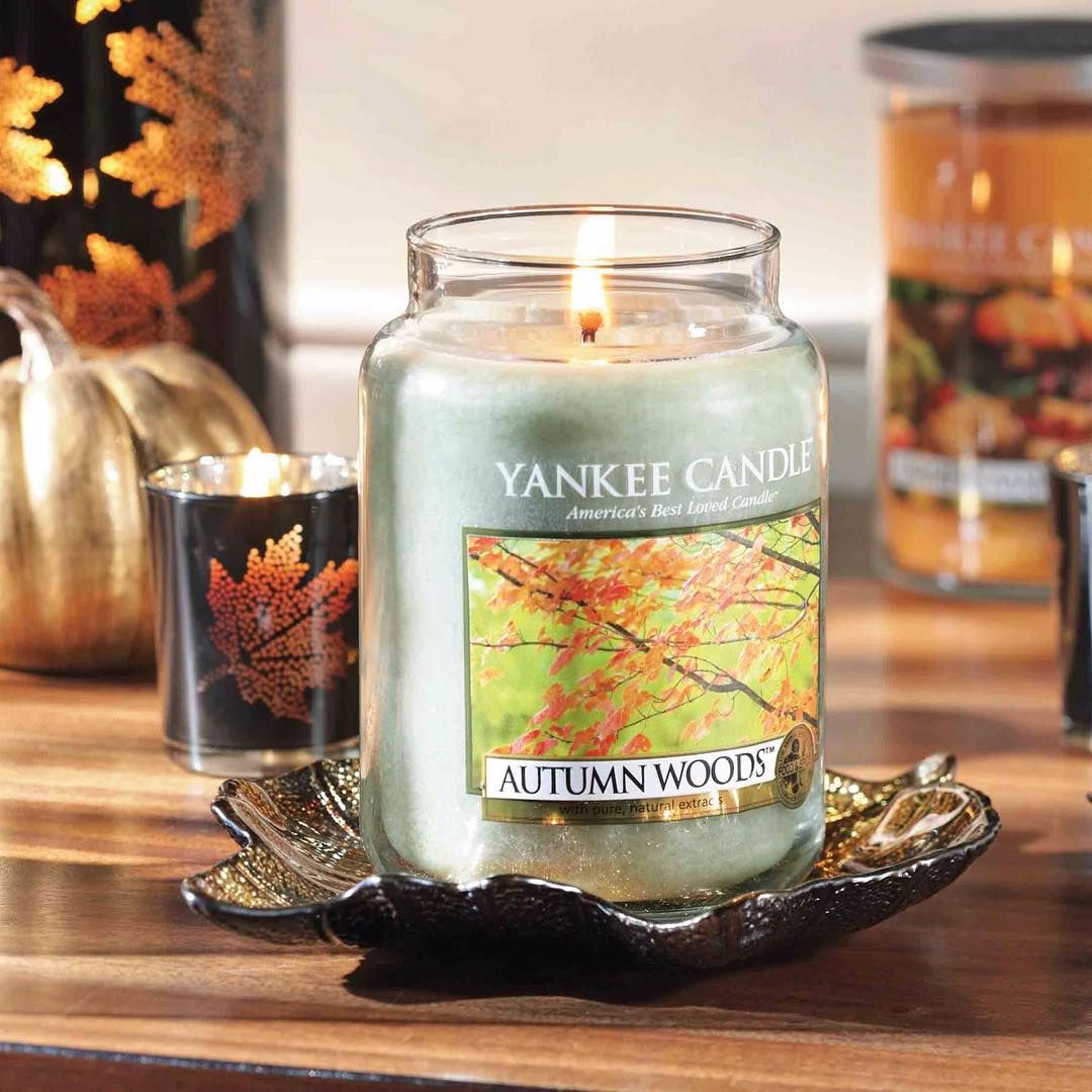 bougie autumn leaves yankee candle pickture. Black Bedroom Furniture Sets. Home Design Ideas