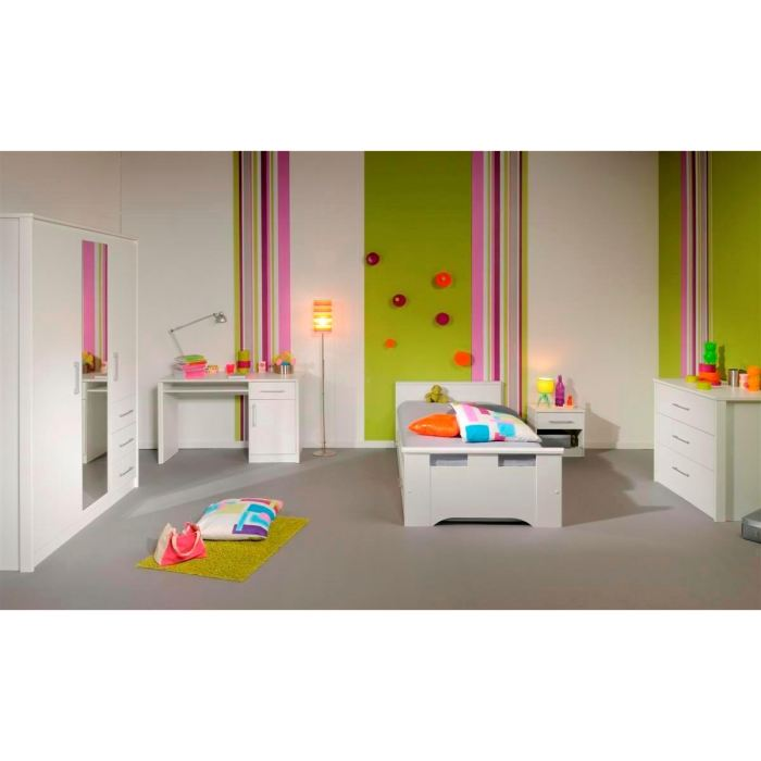 white ensemble chambre enfant 5 pieces aucune pickture. Black Bedroom Furniture Sets. Home Design Ideas