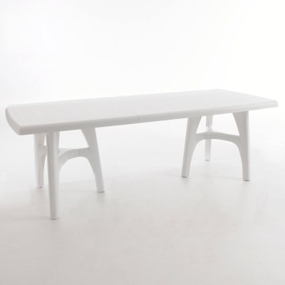 Table de jardin r sine 8 couverts la redoute pickture for Table jardin la redoute