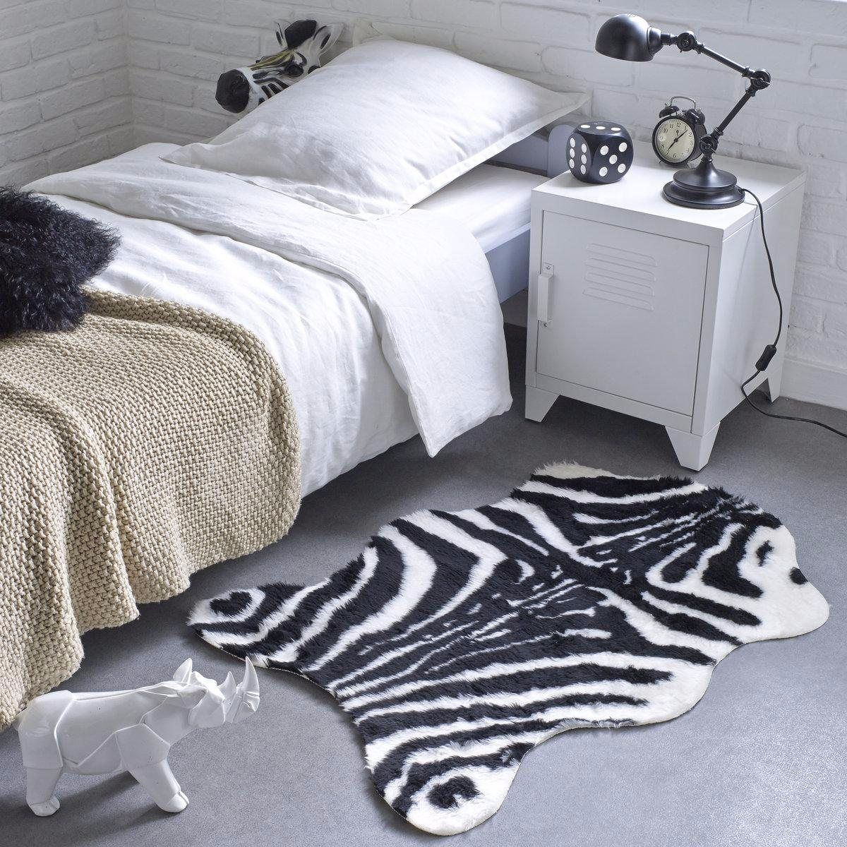 tapis effet peau de b te la redoute pickture. Black Bedroom Furniture Sets. Home Design Ideas