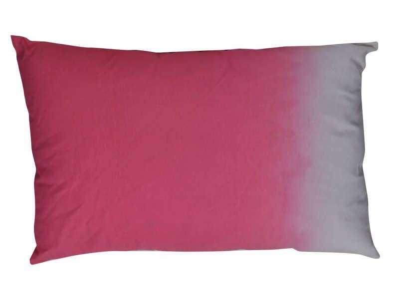 Coussin 40x60 cm tye coloris rose conforama pickture - Coussin xxl conforama ...