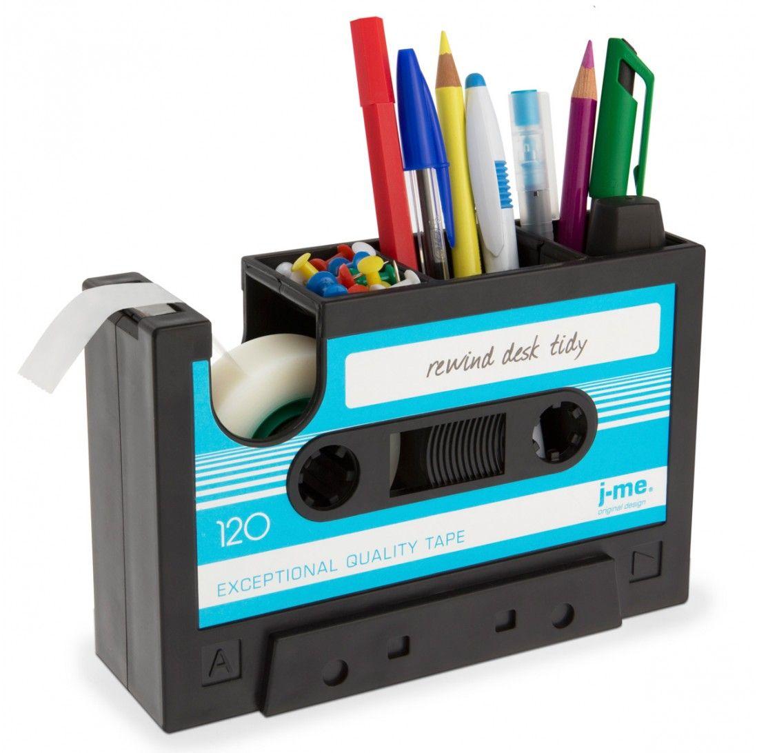 assistant de bureau au design cassette audio cadeaux folies pickture. Black Bedroom Furniture Sets. Home Design Ideas