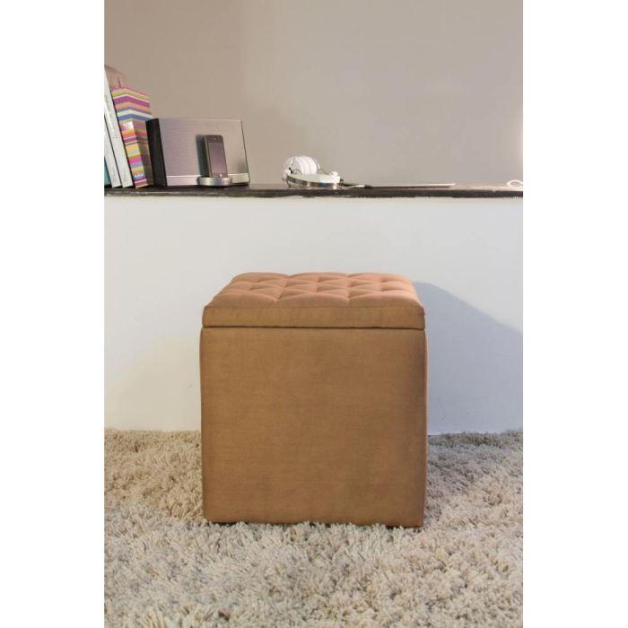 pouf coffre avec pieds en bois effet capitonne aucune pickture. Black Bedroom Furniture Sets. Home Design Ideas