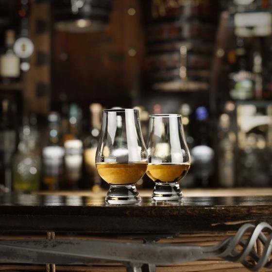 verres de d gustation whisky les raffineurs pickture. Black Bedroom Furniture Sets. Home Design Ideas
